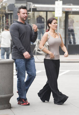 How Tall is Roger Mathews, JWOWW's Boyfriend?