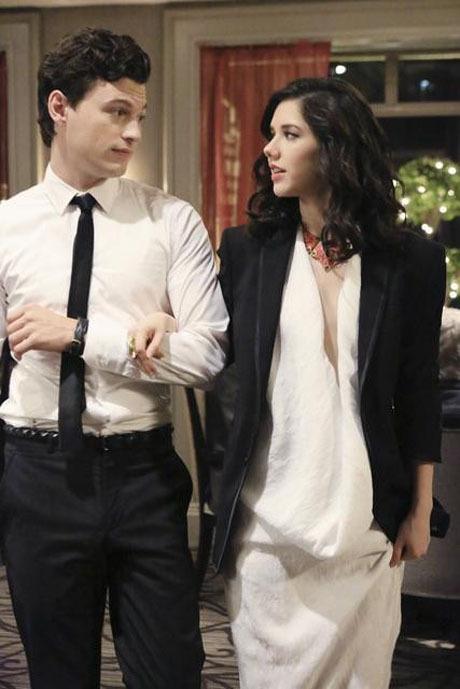 "Jane By Design Recap Season 1 Episode 16: ""The Backup Dress"""