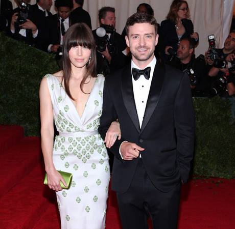 Jessica Biel Has Justin Timberlake Pick Out All Her Outfits