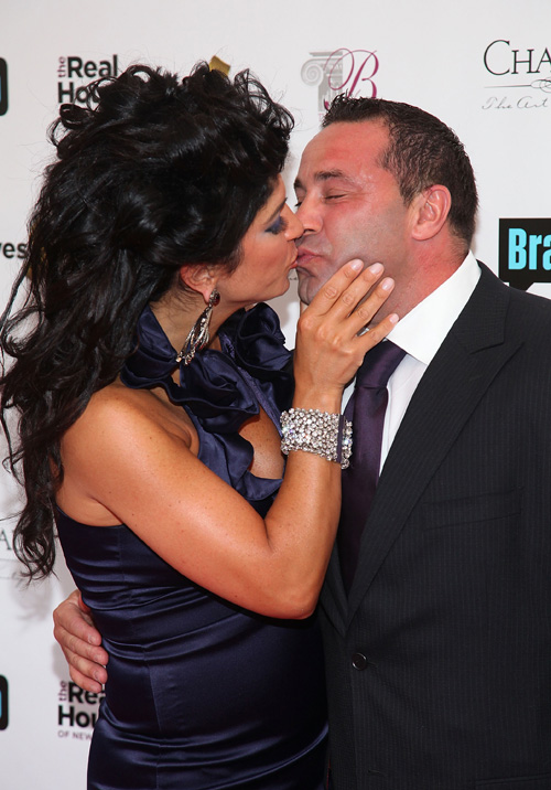 "Teresa Giudice Denies That She and Joe Giudice Lead ""Separate Lives"""