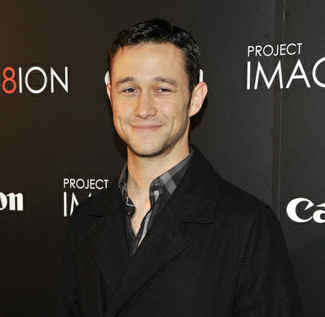 Joseph Gordon-Levitt Apologizes For Saying Most Pretty Girls Aren't Funny: Faith Restored!