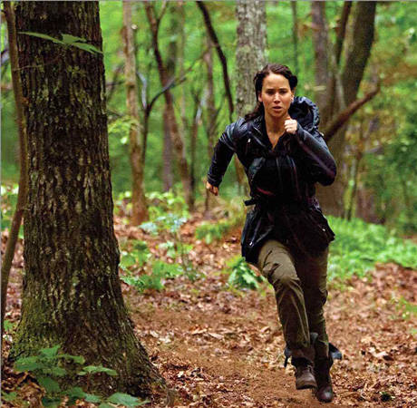 The Hunger Games DVD Preview: Jennifer Lawrence Gets Fired Up Behind the Scenes