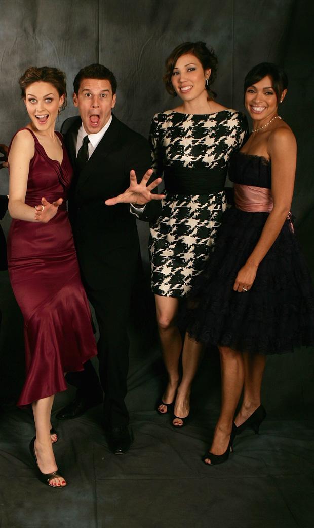 Bones Season 8 Spoiler Roundup — July 29, 2012