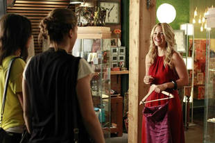 "Pretty Little Liars Music: Songs From Season 3, Episode 11: ""Single Fright Female"""