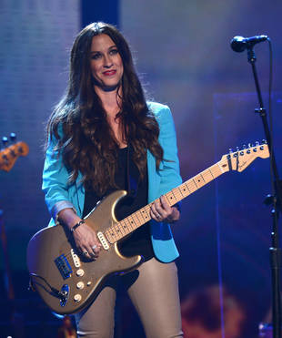 Is Alanis Morissette in Talks to Join American Idol?