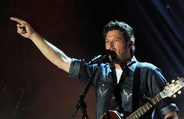 Blake Shelton's Christmas Album Gets an Official Release Date