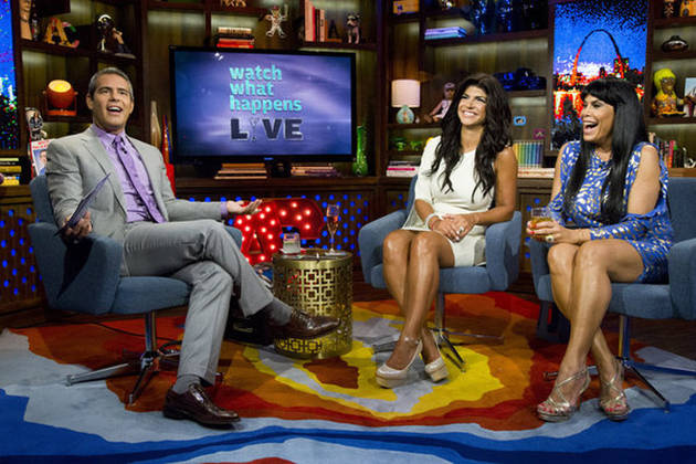 Teresa Giudice Goes White for Watch What Happens Live: Hot or Not? (PHOTO)