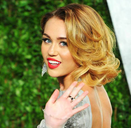 """Miley Cyrus Covers """"Lilac Wine"""" — Love It or Leave It? (VIDEO)"""