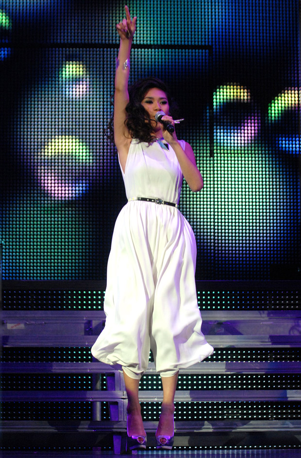 Jessica Sanchez Wows the Crowd at the Democratic National Convention (VIDEO)