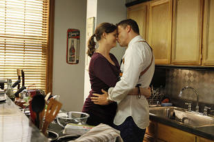Top 3 Sexiest Booth and Brennan Moments of Bones Season 8, Episode 1