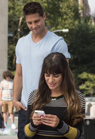 Glee Season 4: The First Time Rachel and Brody Meet — It's Steamy!