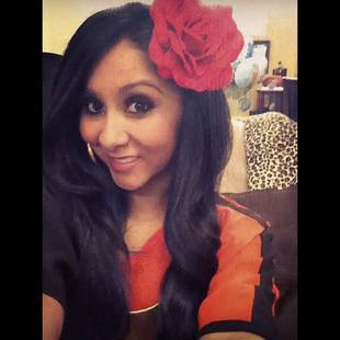 Mamacita Snooki: Check Out Her Massive Hair Accessory (PHOTO)