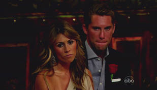 Are Bachelor Pad 3's Kalon and Lindzi Dating Exclusively? — Reality Steve Weighs In!