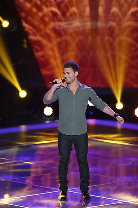 """Watch Charlie Rey Sing Michael Buble's """"Home"""" in The Voice Season 3 Blind Auditions on Sept. 25, 2012 (VIDEO)"""