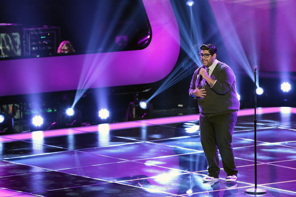"""Watch Danny Rosa Sing """"Somebody That I Used to Know"""" by Gotye in The Voice Season 3 Blind Auditions on Sept. 10, 2012 (VIDEO)"""