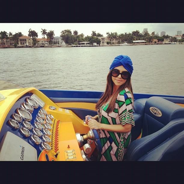 Kourtney Kardashian Sports a Bright Blue Turban in Miami: Hot or Not? (PHOTO)