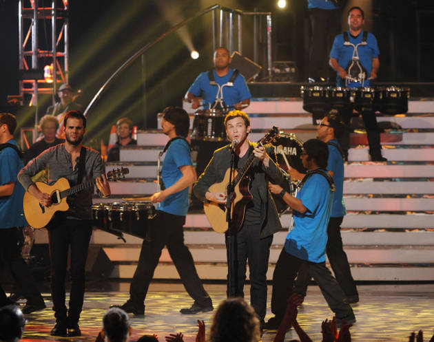 """Phillip Phillips's """"Home"""" Covered By New York City's PS22 Children's Chorus (VIDEO)"""