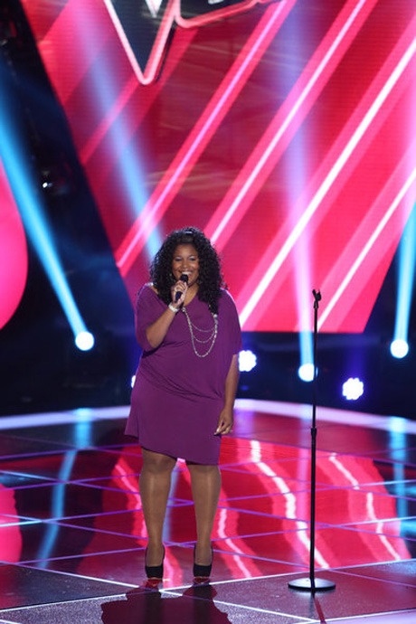 "Watch Michelle Brooks-Thompson Sing Tina Turner's ""Proud Mary"" in The Voice Season 3 Blind Auditions on Sept. 24, 2012 (VIDEO)"