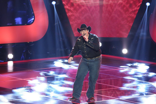 """Watch Casey Muessigmann Sing Lynyrd Skynyrd's """"Sweet Home Alabama"""" in The Voice Season 3 Blind Auditions on Sept. 11, 2012 (VIDEO)"""