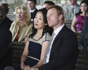 Grey's Anatomy Spoiler: Cristina and Owen Sign the Divorce Papers in Season 9, Episode 10