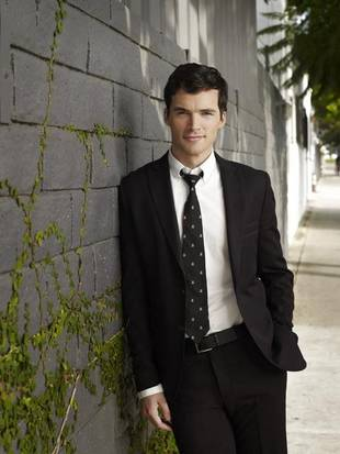 "Pretty Little Liars Season 3 Spoilers: Ian Harding on Ezria's Baby Drama, Maggie's Return and a ""Nutty"" Finale — Exclusive"