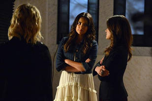 Pretty Little Liars Season 3, Episode 18 Promo: 8 Things We Learn