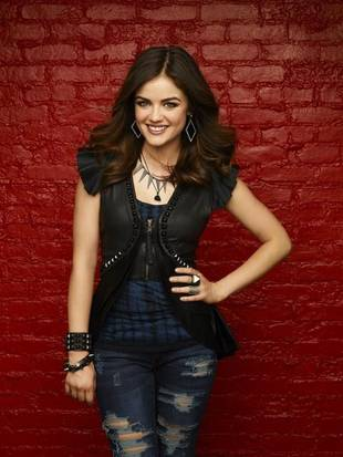 Lucy Hale Makes Fun of Aria's WHAT?!