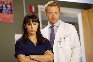 Grey's Anatomy Season 9: First Look at Constance Zimmer's New Character