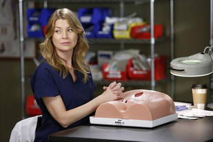 Grey's Anatomy Season 9 Meredith and Derek Spoilers: Will the Baby Survive?