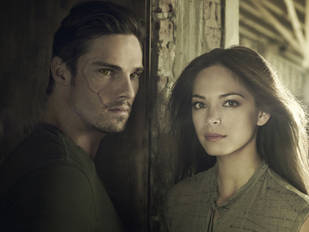 Beauty and the Beast's Jay Ryan on Vincent's Love Triangle with Catherine and Evan and the Return of Vincent's Ex – Exclusive