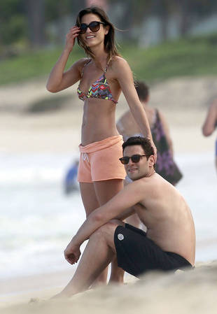 Who Is Justin Bartha's Girlfriend? New Couple Alert!