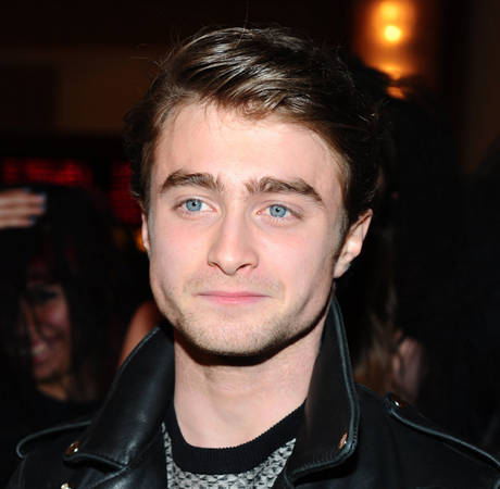 Daniel Radcliffe Spotted Kissing His Sexy Co-Star — New Couple Alert?