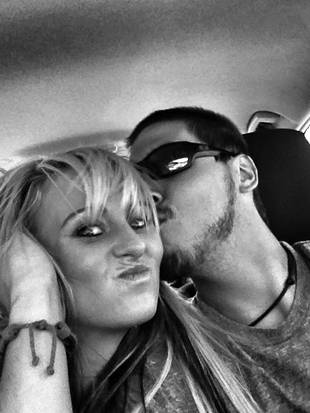 Leah Messer Mysteriously Absent From Twitter — Did She Go Into Labor?!