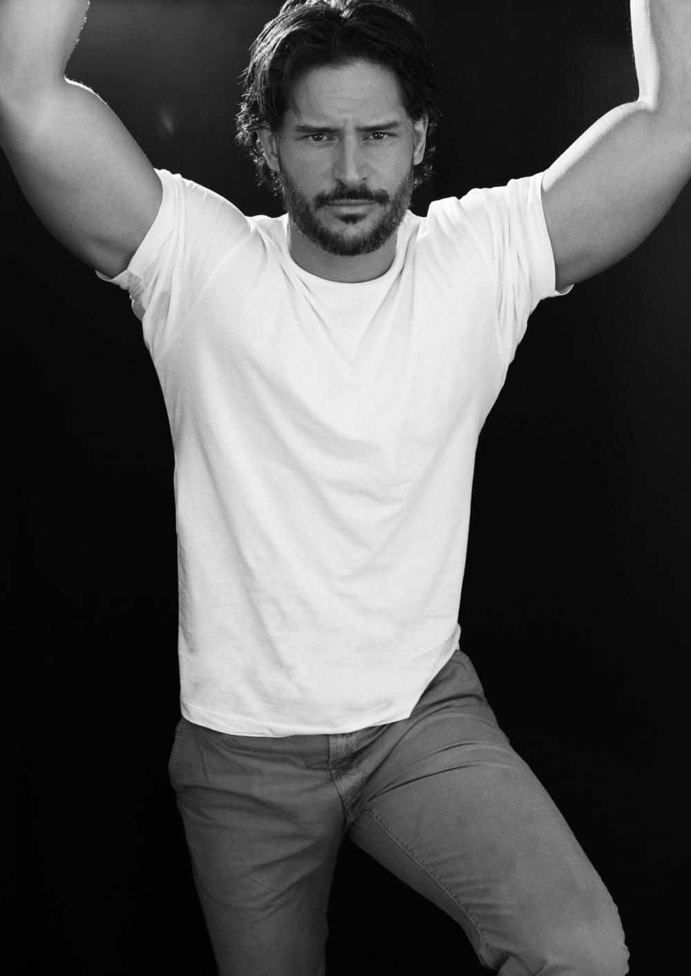 Joe Manganiello Named Hot Body of 2012… and Fictional Boyfriend of the Year! (PHOTOS)