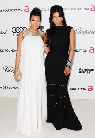 """Kim Kardashian Calls Kourtney Kardashian's Post-Baby Weight Loss """"An Inspiration"""""""