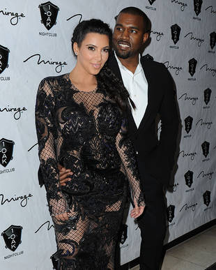 Kris Jenner Is Trying to Sell Kim Kardashian's Baby Bump Pictures For HOW Much?! — Report