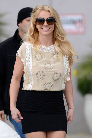 Jason Who? Britney Spears Heads to Church Looking Amazing! (PHOTO)
