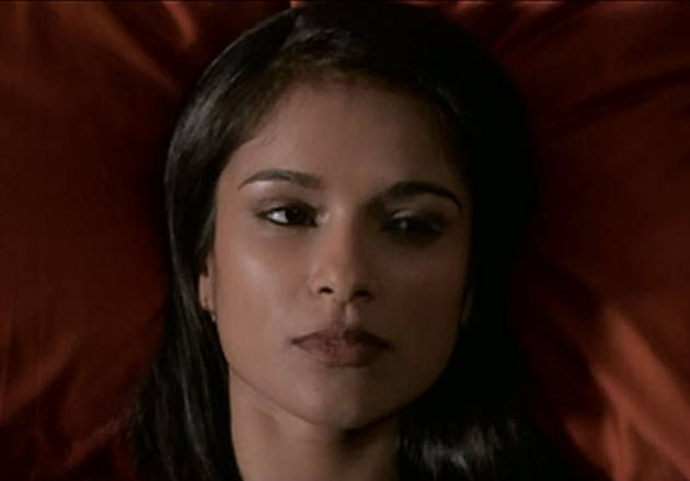 Revenge Season 2 Spoiler: Nolan Calls Padma's Bluff (VIDEO)