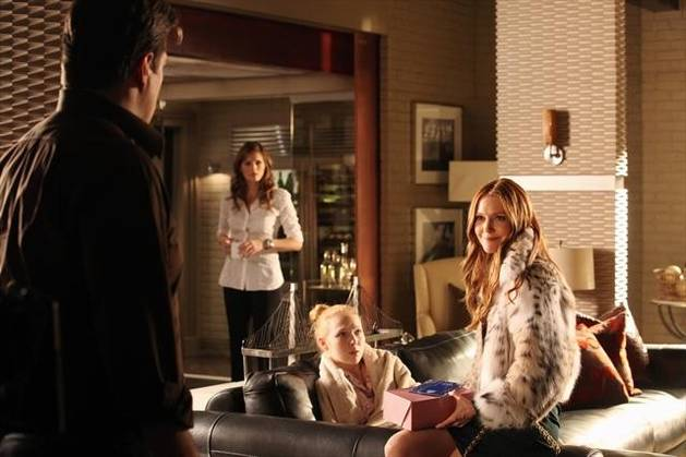 """Sneak Peeks and Spoilers Roundup For Castle Season 5, Episode 10: """"Significant Others"""" (VIDEOS)"""