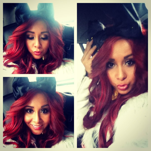 Snooki Embraces Her Inner Minnie Mouse With a Giant Bow! (PHOTO)
