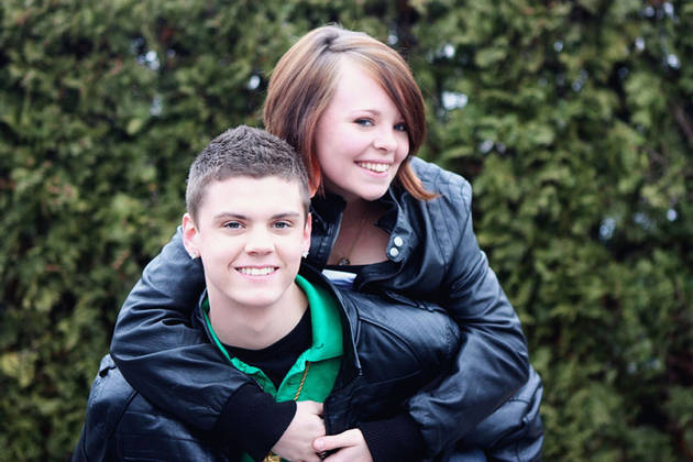 Tyler Baltierra Rocks a Bowl Cut in Adorable Childhood Photo!