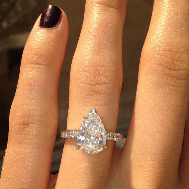 Which Reality Star's Fiancée Showed Off Her Massive Engagement Ring? (PHOTO)
