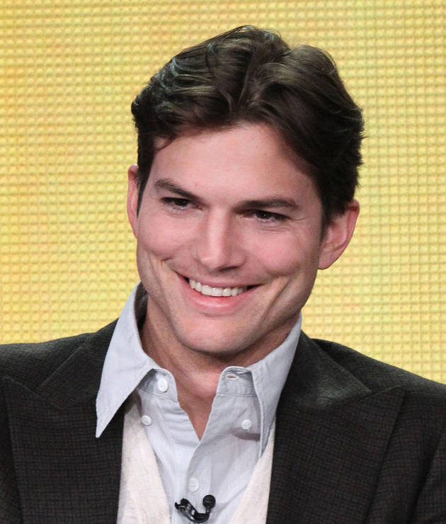 "Ashton Kutcher Hospitalized For Two Days Due to ""Fruitarian"" Diet to Play Steve Jobs in Film"