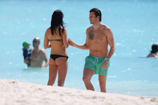 Brad Smith and Bianka Kamber Frolic on the Beach In Barbados (PHOTO)