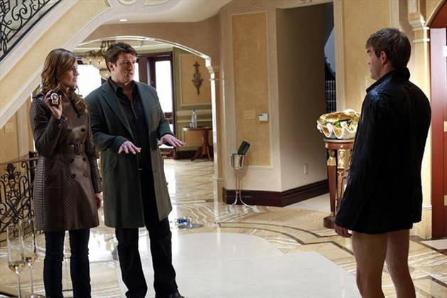 "Sneak Peeks and Spoilers Roundup For Castle Season 5, Episode 11: ""Under the Influence"" (VIDEOS)"