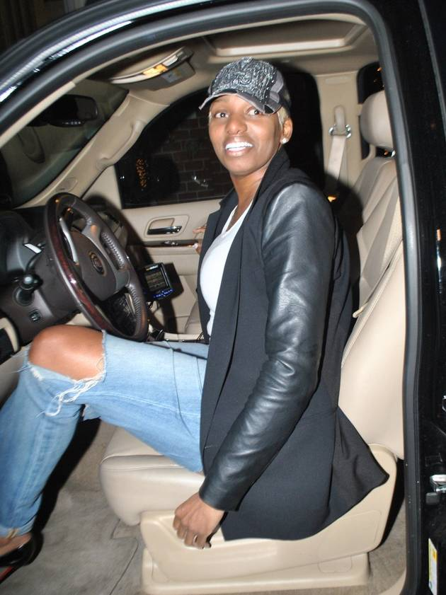 NeNe Leakes Rocks Minimal Makeup and a Baseball Cap in L.A.: Hot or Not? (PHOTO)