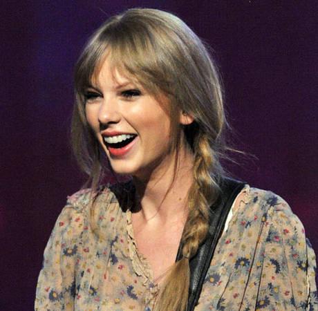 Taylor Swift's Ticket Sales Plummet Following Split From Harry Styles: Are Her Fans Bitter?