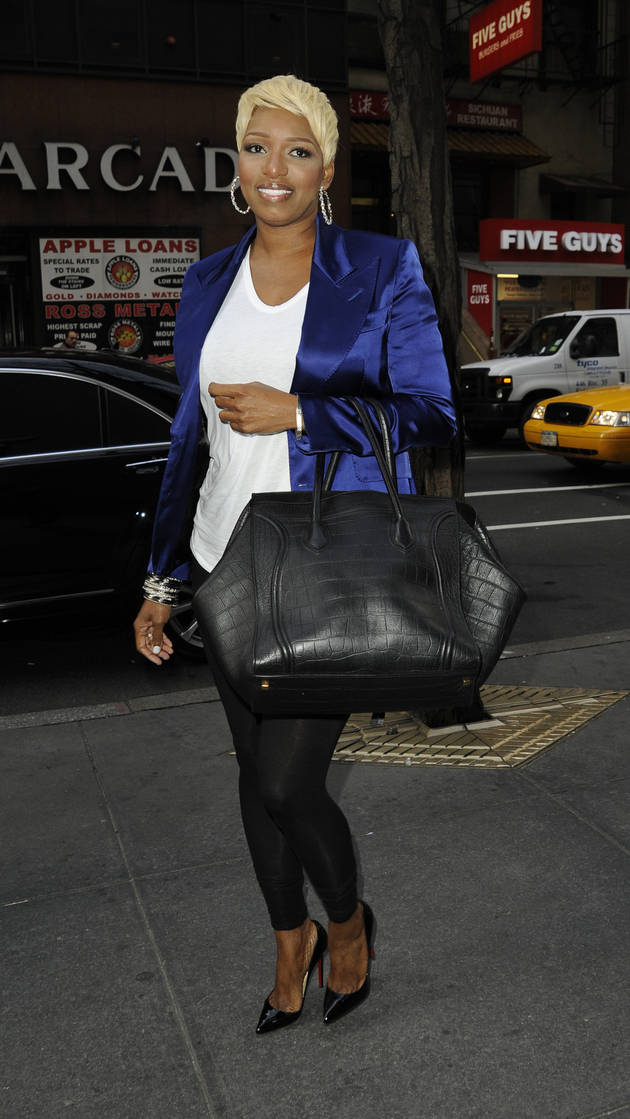 See Newly-Engaged NeNe Leakes Out and About in New York City! (PHOTO)