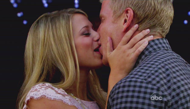 """Arie Luyendyk Jr. on Sean Lowe's Record Breaking Kiss: """"What a Missed Opportunity"""""""