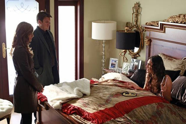 "Sneak Peek of Castle Season 5, Episode 11, ""Under the Influence"": Castle and Beckett Interrogate a Pop Star in Bed (VIDEO)"
